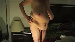 busty_granny_elaine_everett