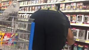 Big Ebony ass bend